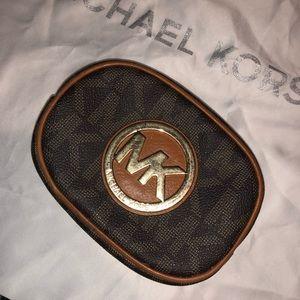 Micheal Kors Cosmetic bag, CHEAP!
